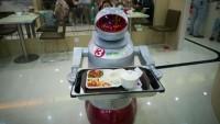 В Китае открылся ресторан с роботизированным персоналом