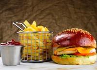 Бургер-Бум: 10 заведений в Киеве, где готовят бургеры
