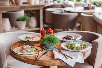 Новое место (Киев): итальянский ресторан-пекарня Spezzo на Святошино