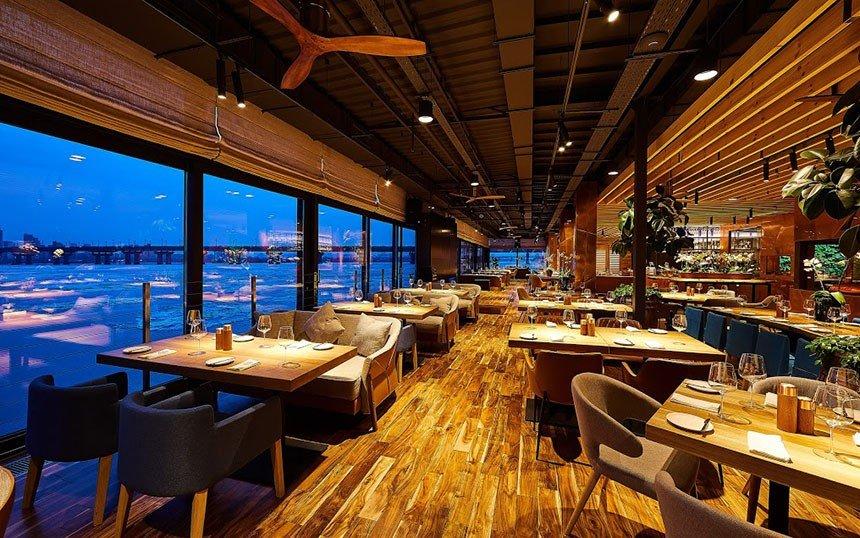 Veranda on the River restaurant - RSRVIT
